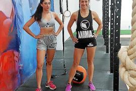 Lidia y Paula se preparan para afrontar la prueba de Animal Force