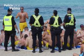 La Policía Local levanta 51 actas en un operativo contra el 'botellón' en Playa de Palma