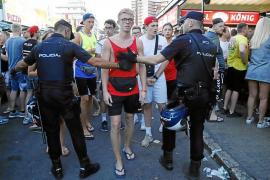 Más de 70 policías registran unas de las mayores cervecerías de la Platja de Palma
