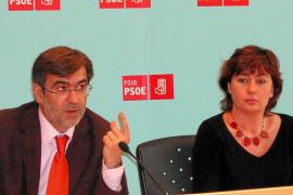 PALMA - PSOE - RUEDA DE PRENSA DE FRANCESC ANTICH Y FRANCINA ARMENGOL.