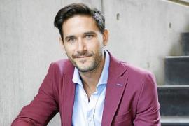 Javier Santaolalla, doctor en Física: «La divulgación divertida ayuda a despertar vocaciones para la ciencia»