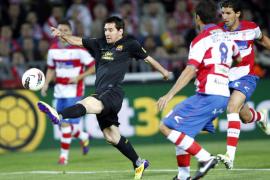 Xavi da al Barcelona un pírrico triunfo en Granada (0-1)