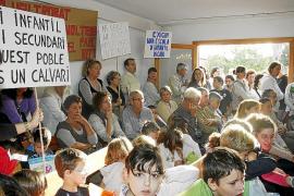 Padres y madres de Marratxí reclaman al Ajuntament unas instalaciones educativas «dignas»