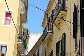 El cableado de las fachadas destruye la imagen de las calles de Palma