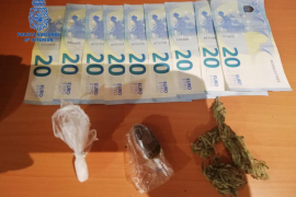 Dos detenidos en Palma por menudeo de hachís y marihuana