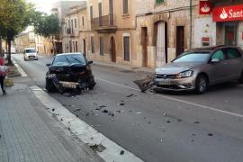 Colisión entre dos vehículos en Consell