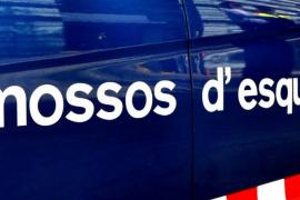 Los Mossos investigan la muerte de un bebé hallado en un patio interior en Barcelona