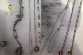 Detenida una mujer por cometer 16 robos en viviendas de Muro y vender los objetos sustraídos