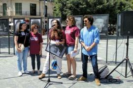 Sociedad Cívica Balear anuncia «medidas legales» contra Cort si no retira la obra 'Presos Políticos' de Santiago Sierra