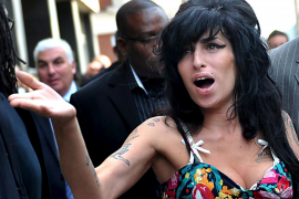 El alcohol pudo ser la causa de la muerte de Amy Winehouse