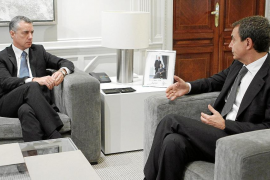 Zapatero niega al PNV gestos con los presos de ETA antes de las elecciones