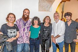 Margalida Cànaves, Ramon Cerdà, Cati Bennàssar, Pilar Cerdà, Miquel A. March y Pol Font.