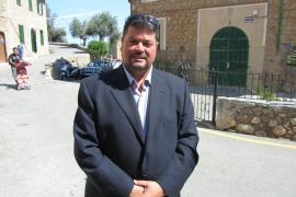PSM-IV-ExM pedirá la dimisión del alcalde de Deià si no paga una comida que costó  518 euros
