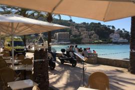 Fallece un turista británico en la Platja d'en Repic