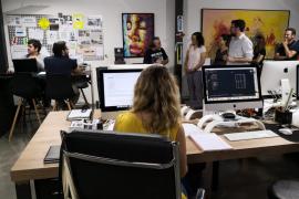El alcalde de Palma visita a la empresa ganadora del premio PalmaActiva, 'Cut&Go'