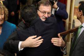Rajoy deja su escaño y pide volver al Cuerpo de Registradores