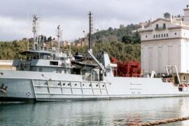 El buque 'Neptuno' rescatará el cadáver del piloto del Ibanat accidentado en Cala Sant Vicenç