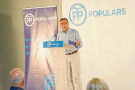Marí Bosó dice que la legislatura está «agotada» y que el PP da esperanza» a los ibicencos