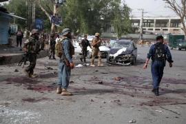 Al menos 14 muertos y 45 heridos en un atentado suicida en Afganistán