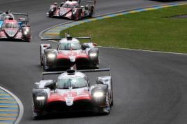Alonso corona Le Mans en su debut