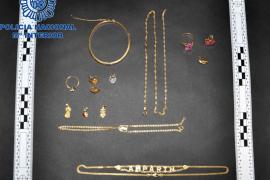 Detenidos dos jóvenes por robar joyas valoradas en más de 15.000 euros en Manacor