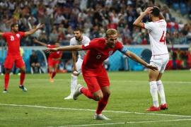 Kane salva los muebles para Inglaterra en el descuento
