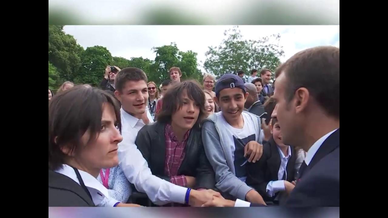 Macron abronca a un chico que le llamó 'Manu'