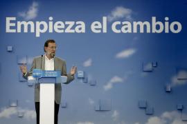 Rajoy promete «concordia» si gobierna y se marca el  reto de intentar «devolver la felicidad» a los españoles