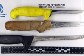 Detenido un vendedor ambulante de fruta que amenazó a un hombre con un cuchillo