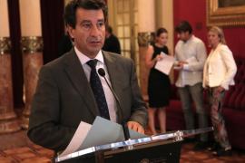 Company: «Cada vez que habla Sánchez, Armengol se pone más contenta»