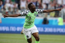 Nigeria derrota a Islandia y le da vida a Argentina