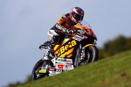 Augusto Fernández seguirá en Moto2 hasta final de temporada
