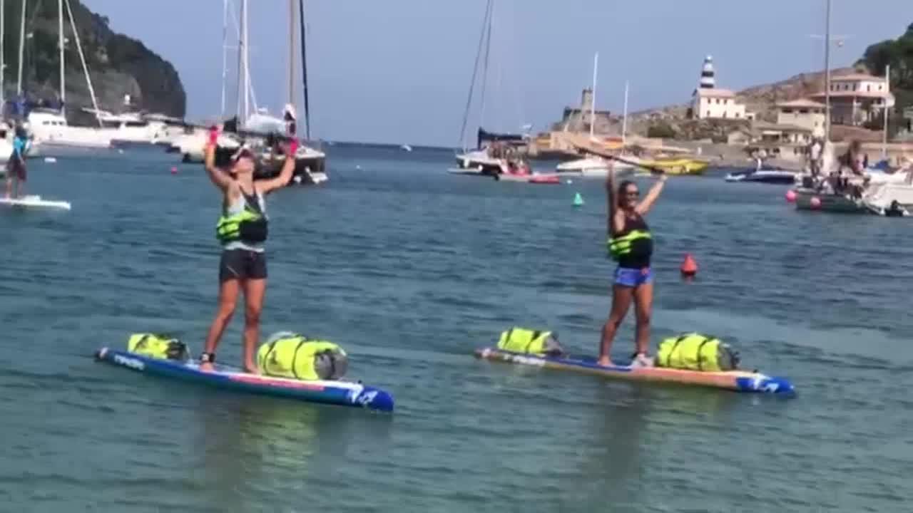 Objetivo cumplido: Valerie Bisbal y Cat Friend culminan la vuelta a Mallorca en pádel surf