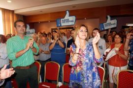 Cospedal reivindica el orgullo de ser del PP frente a «algunos sinvergüenzas»