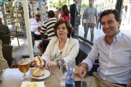 Soraya Sáenz de Santamaría, de campaña por Palma