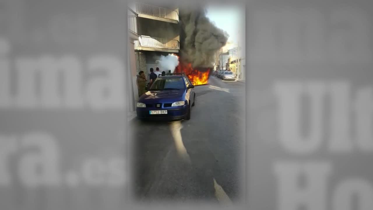 Aparatoso incendio en La Soledat