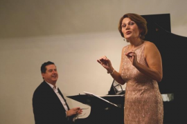 La mezzosoprano Waltraud Mucher y el pianista Andreu Riera, en Lloret