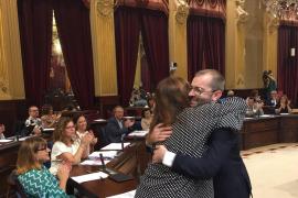 El socialista Juli Dalmau sustituye a Bel Oliver como diputado en el Parlament