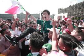 Aficionados de México en la embajada de Corea del Sur: «¡Coreano, hermano, ya eres mexicano!»