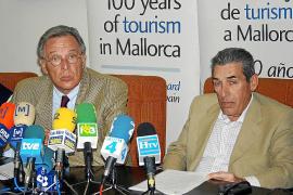 El Fomento del Turismo apoya la gestión de Iriondo, frente a las críticas de Middelmann