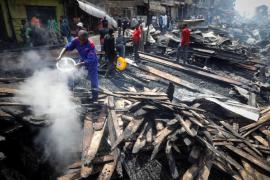 Un incendio del mercado al aire libre de Kenia causa 15 muertos y 70 heridos