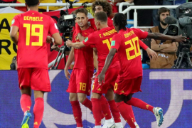 Bélgica derrota a Inglaterra y escoge el camino difícil
