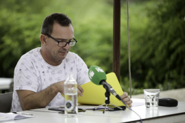 Salvador Aguilera ofreció explicaciones ayer tarde a los medios de comunicación en Ibiza