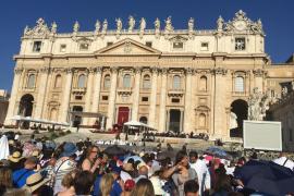 Ladaria y los nuevos cardenales concelebran una misa solemne con el Papa Francisco