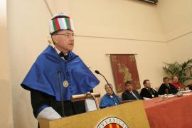 La UIB retirará el 'honoris causa' al biólogo Ayala de confirmarse acusaciones de acoso sexual