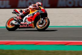 Márquez logra su primera 'pole' en Assen, donde Lorenzo saldrá décimo