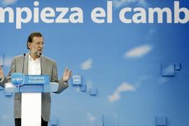Rajoy propone una «reconversión integral» de zonas turísticas obsoletas