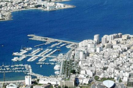 Un niño de 4 años fallece ahogado en la piscina de un hotel en Ibiza