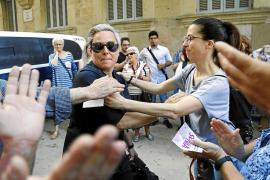 'Cazan' a una pareja siguiendo y grabando a Sonia Vivas por las calles de Palma