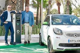 Primera red de carga pública de Smart y Endesa